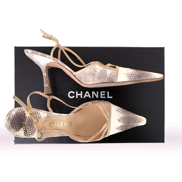 Tweedehands Chanel Pumps