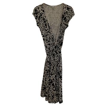 cc173c1dd8 Koop tweedehands Diane V Furstenberg in onze online shop