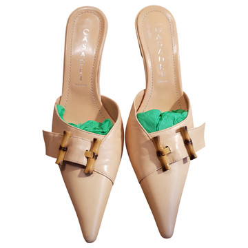 Tweedehands Casadei Pumps