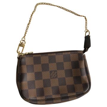 e0aea60b963c4 Koop tweedehands Louis Vuitton in onze online shop