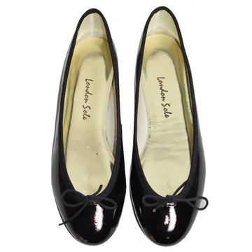 Tweedehands London Sole Flache Schuhe