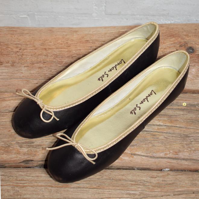 tweedehands London Sole Loafers