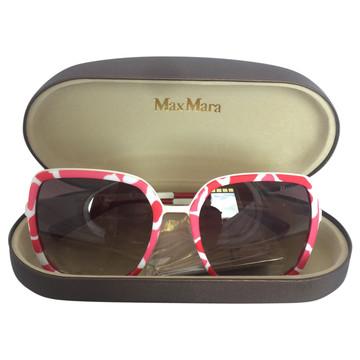 378d71bc606 Koop tweedehands designer zonnebrillen in onze online shop   The ...