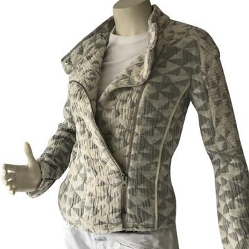 Tweedehands Iro Jacke oder Mantel