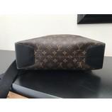 tweedehands Louis Vuitton Schoudertas
