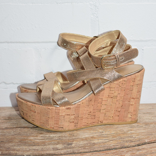 tweedehands Stuart Weitzman Wedges