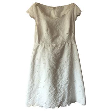 8ff0f4bb330d2d Koop tweedehands designer jurken in onze online shop | The Next Closet