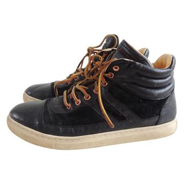 Tweedehands Fred de la Bretoniere Sneakers