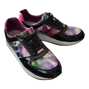 Tweedehands Ted Baker Sneakers