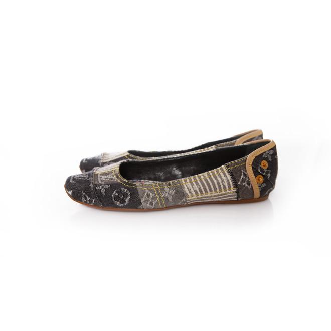 tweedehands Louis Vuitton Flats