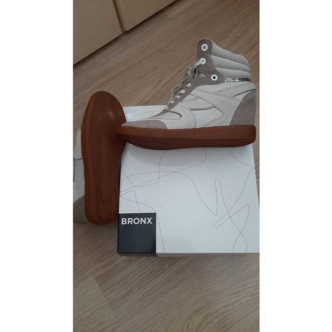 tweedehands Bronx and Banco Sneakers