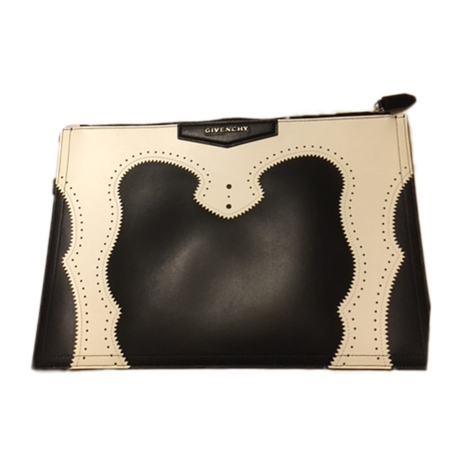 tweedehands Givenchy Clutch