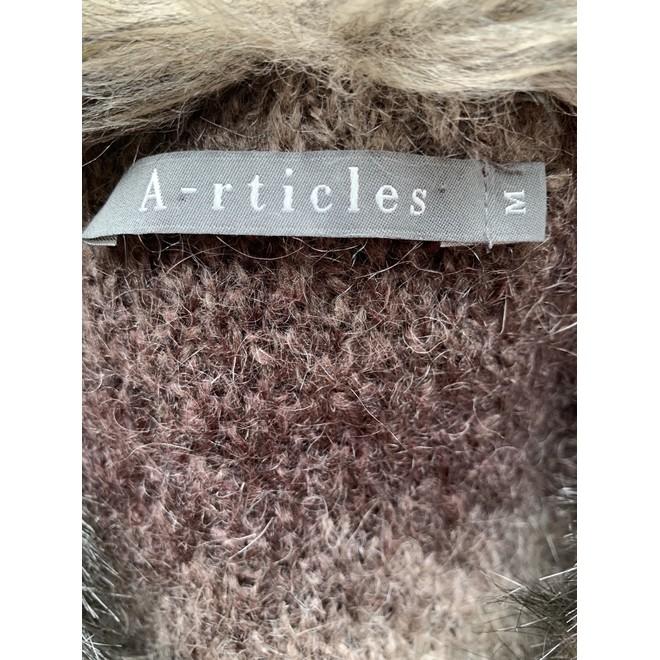 tweedehands Articles Vest