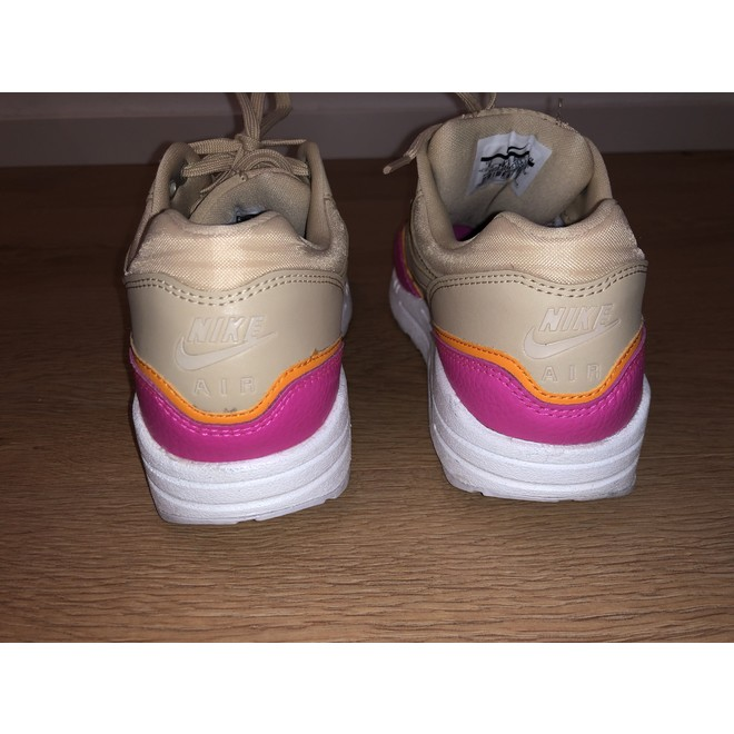 tweedehands Nike Sneakers