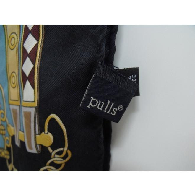 tweedehands Pulls Sjaal
