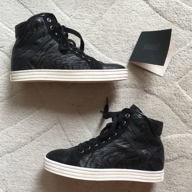 tweedehands Hogan Sneakers