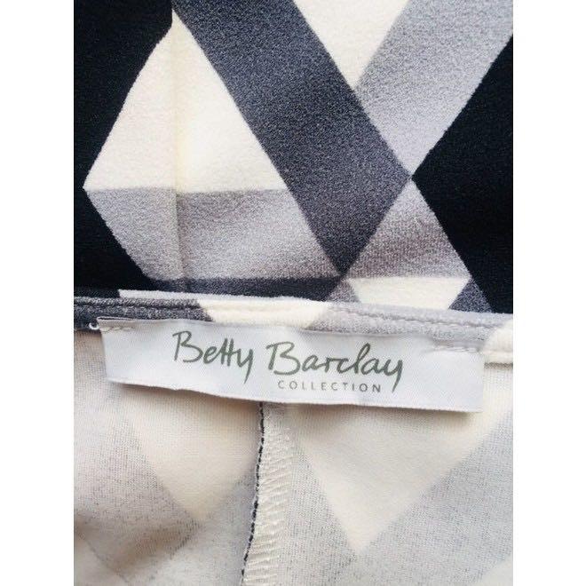 tweedehands Betty Barclay Jurk