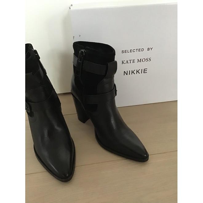 tweedehands NIKKIE Ankle boots