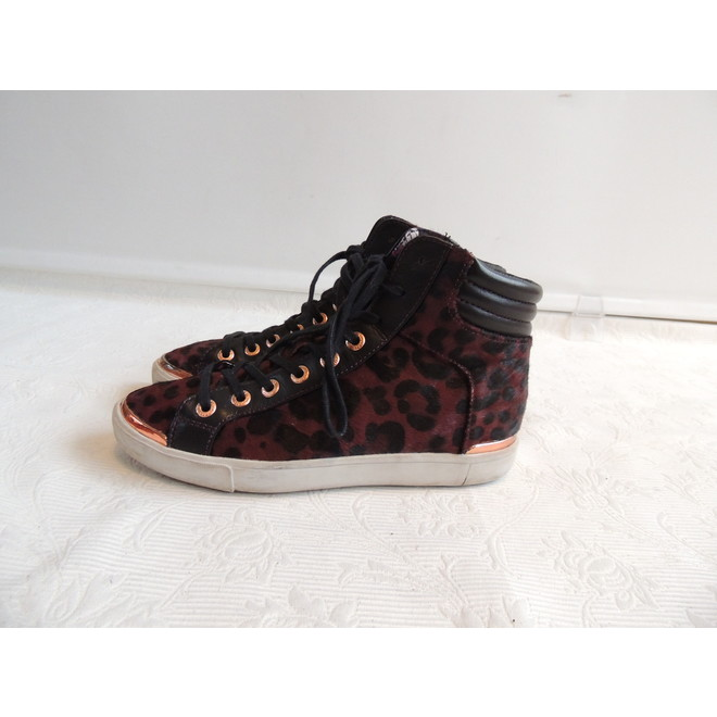 tweedehands Ted Baker Sneakers