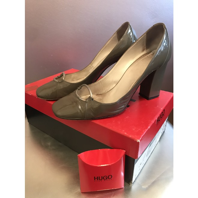 tweedehands Hugo Boss Pumps