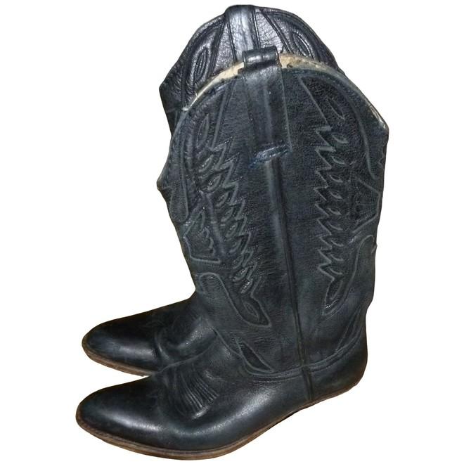 Sendra Boots | The Next Closet