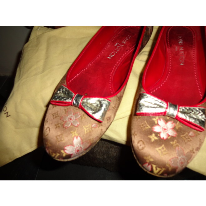 tweedehands Louis Vuitton Flat shoes
