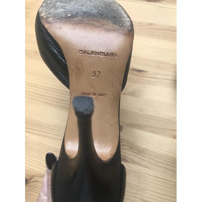 tweedehands Balenciaga Pumps
