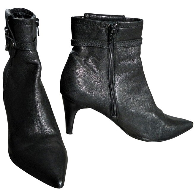 Dyva Ankle boots   The Next Closet
