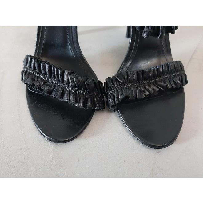 tweedehands Burberry Sandals