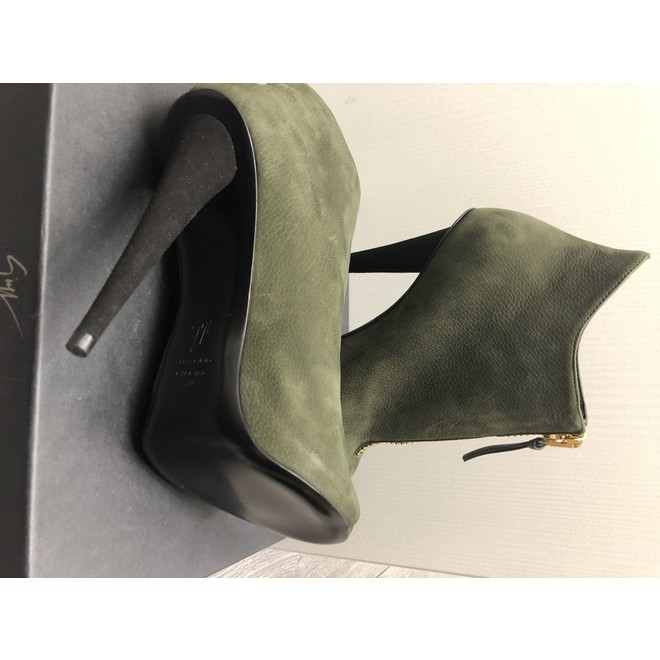 tweedehands Giuseppe Zanotti Ankle boots