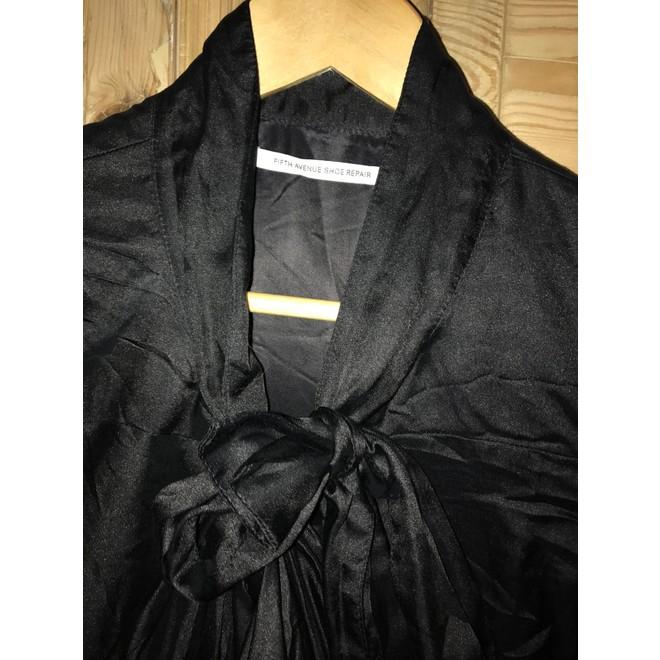 tweedehands V Ave Shoe Repair Dress