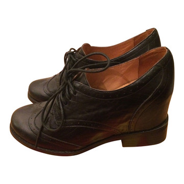 Tweedehands Jeffrey Campbell Veterschoenen