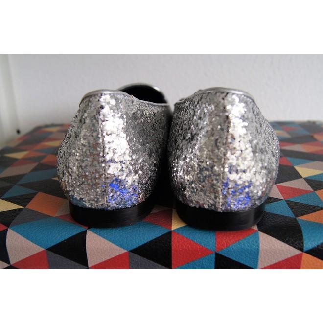 tweedehands Chiara Ferragni Platte schoenen