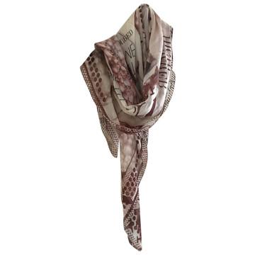 Tweedehands Escada Sjaal