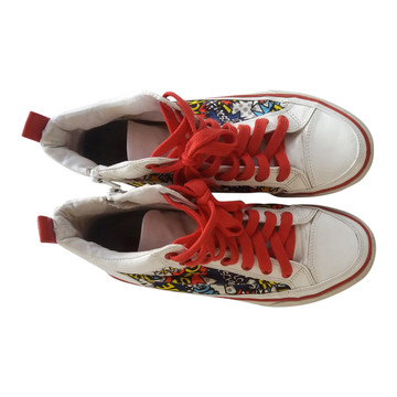 Tweedehands Moschino Sneakers