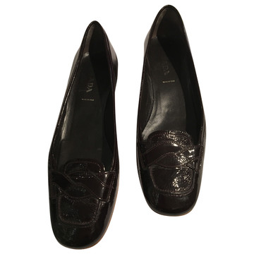 Tweedehands Prada Platte schoenen