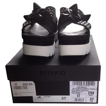 Tweedehands Pinko Sandalen