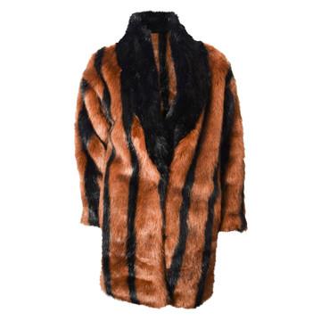 Tweedehands TPN Jacke oder Mantel